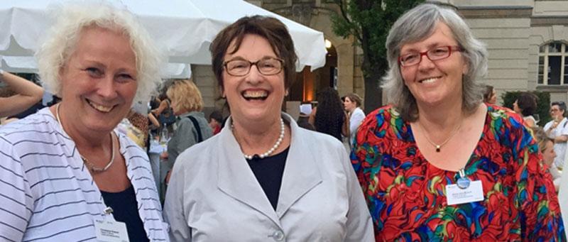 Vorbildunternehmerinnen Rasper & Busch mit Brigitte Zypries